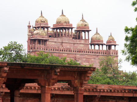 Jama Masjid mosque (16th Century) in Fatehpur Sikri, ancient city founded by Mughal emperor Akbar, one of the best preserved collections of Indian Mughal architecture  in Agra, Uttar Pradesh, India