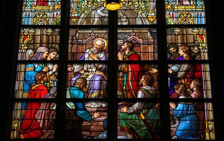 スヘルトヘンボス, オランダ - 2011 年 7 月 23 日: 告白の秘跡や苦行、ピピンのハースタル デン ボッシュ大聖堂、北ブラバント州でのサンの前に彼の