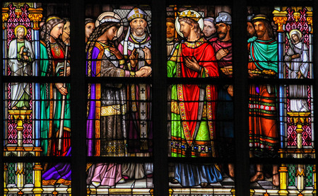christian marriage: S HERTOGENBOSCH, THE NETHERLANDS - JULY 23, 2011: Stained Glass Window depicting the Sacrament of Marriage or Holy Matrimony, with Pepin of Landen and Itesberga united in marriage, in Den Bosch Cathedral, North Brabant. Editorial