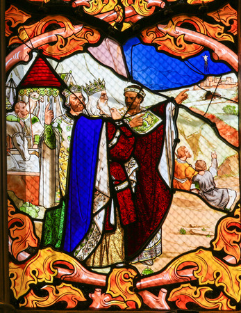 gaspar: Stained glass window depicting the Three Kings, in the Cathedral of Tours, France.