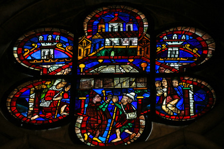 bible ten commandments: LEON, SPAIN - AUGUST 12, 2014: Stained Glass window depicting the Arc of the Covenant in the Cathedral of Leon in Castile and Leon, Spain.