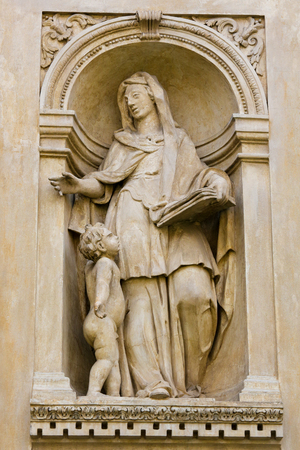 foretelling: Statue at the Santa Casa of Loreta, a large pilgrimage site in Hradcany, Prague, of a Sybil, an oracular women believed to possess prophetic powers in ancient Greece Stock Photo