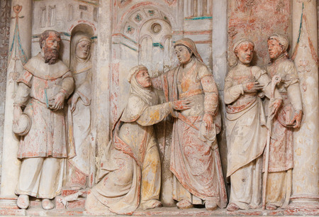 elisabeth: BAVEIRO, PORTUGAL - JULY 28, 2016: Bas Relief of the Visitation of Mother Mary to Saint Elisabeth in the Cathedral of Aveiro in the Centro region, Portugal.