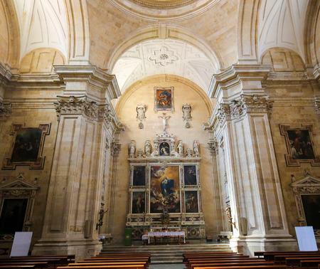 Interior of the 18th Century Purisima Concepcion church in Salamanca, Spain Editorial
