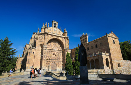 plateresque: The Convento de San Esteban is a Dominican monastery situated in the Plaza del Concilio de Trento in the city of Salamanca, Spain.