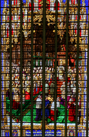 pius: Stained Glass in Mechelen Cathedral of the promulgation of the papal bull Ineffabilis Deus, defining the Immaculate Conception, by Pope Pius IX in 1854.