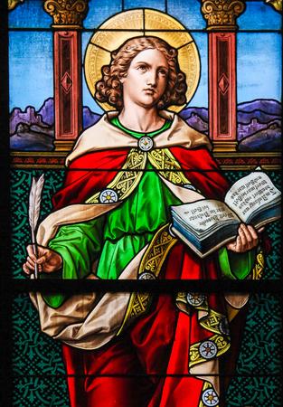 セントジョン福音伝道者。ガムラ ・ スタン、ストックホルムのドイツ教会のステンド グラスの窓。 報道画像