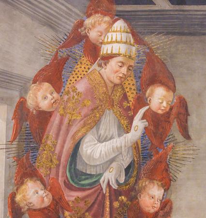 聖グレゴリウス大を描いたフレスコ画 (1478) は、イタリア サンジミニャーノ ジミニャーノ参事会教会の赤い翼のケルビムでサポート。