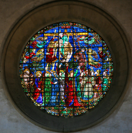Stained Glass depicting Jesus taken from the Cross at the Basilica Santa Croce, Florence, Italy. Standard-Bild - 111725983