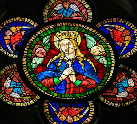 Stained glass window depicting Mother Mary in the cathedral of Leon, Castille and Leon, Spain. Editoriali