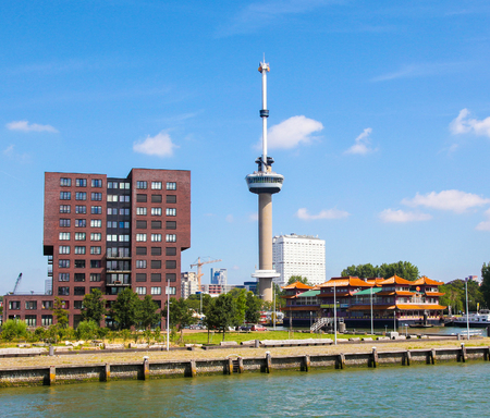 View on the Euromast Tower by the Nieuwe Maas in Rotterdam, South Holland, The Netherlands. Standard-Bild - 111812634