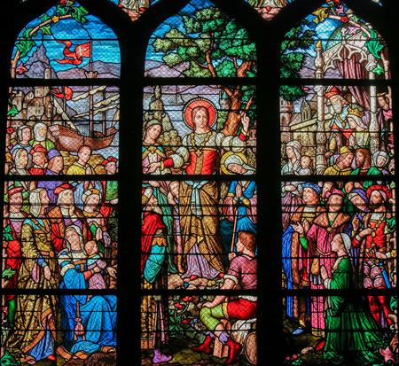 Vitraux dans l'église de Saint Séverin, Quartier Latin, Paris, France, représentant Marie-Madeleine Banque d'images