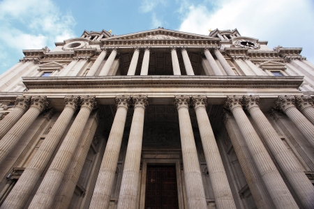st  paul   s cathedral: St Paul s Cathedral in London, United Kingdom  UK