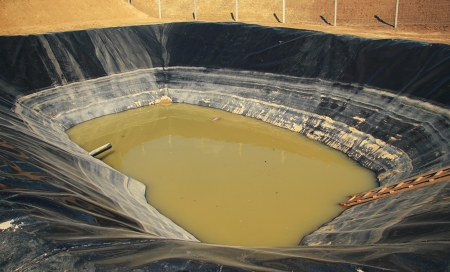 mud pit: Pool for environamental protection with muddy water