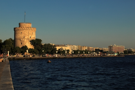 Thessaloniki sea side walking district