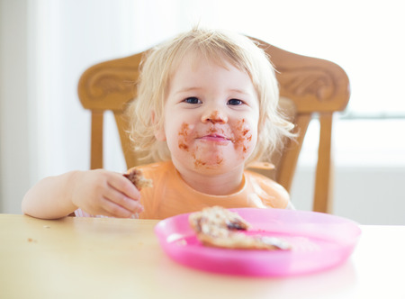 smeary: Young sweet child with dirty mouth
