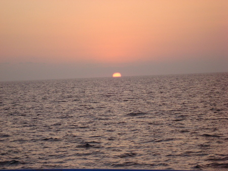 obscuring: sunset at Bahia de Acapulco