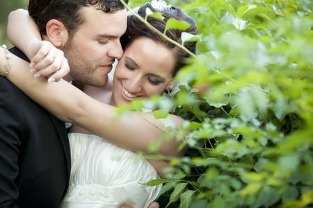 Eine leidenschaftliche Approaching zwischen ein eben verheiratetes paar