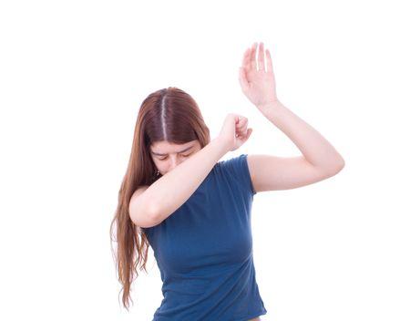 violencia intrafamiliar: La protecci�n de la mujer a s� misma de la agresi�n. La violencia dom�stica.