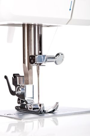 n hmaschine: Nadel-Platte, Fu� und Transporter einer N�hmaschine