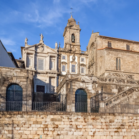14th century: Sao Francisco Church, right, 14th century Gothic architecture. Terceiros de Sao Francisco Church, left, in Neoclassical architecture.  Stock Photo