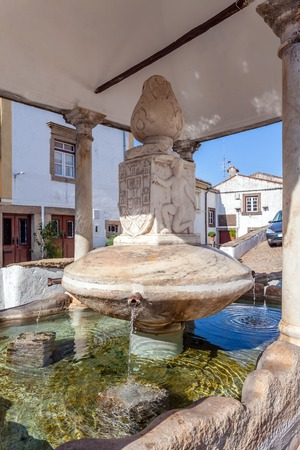 sephardi: Close up of Fonte da Vila (Towns Fountain) in the Jewish Quarter of Castelo de Vide, Portalegre, Portugal. 16th century fountain. Stock Photo