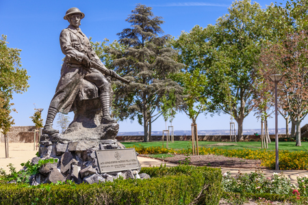 ribatejo: Santarem, Portugal. September 11, 2015:  Memorial to the victims of the First World War (the Great War) in Portas do Sol Garden. Editorial