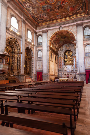 pews: Santarem, Portugal. September 9, 2015: Interior of the Santarem See Cathedral aka Nossa Senhora da Conceicao Church built in the 17th century Mannerist style.