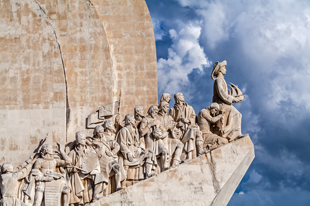 Lisbon, Portugal - November 05, 2017: Padrao dos Descobrimentos monument. The Sea Discoveries Monument commemorates the navigators who explored the oceans and continents and created globalism Publikacyjne