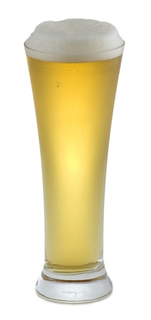 froth: Light beer with froth