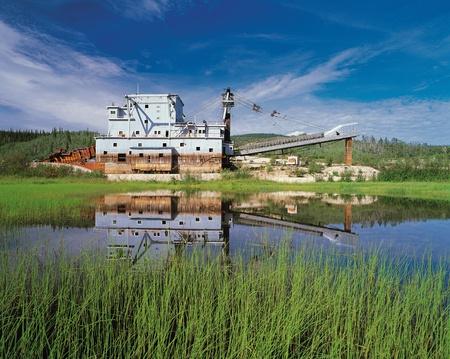 Bonanza Creek et Gold Dredge Banque d'images - 11097277