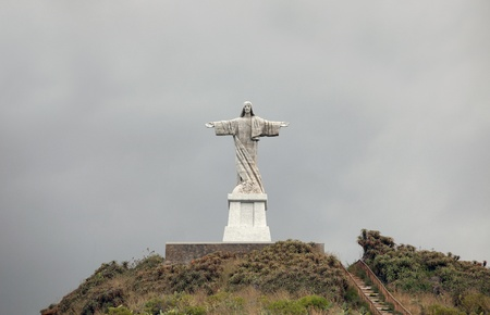 crist: The statue of Jesus Christ at Garajau in Funchal, Madfeira