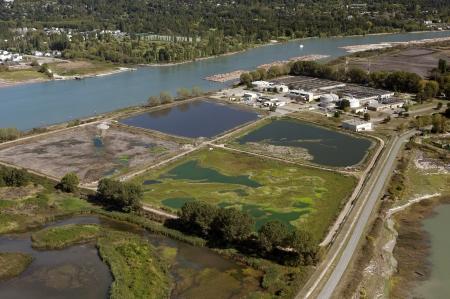 filtraci�n: Agua Estaci�n de filtraci�n por Fraser River