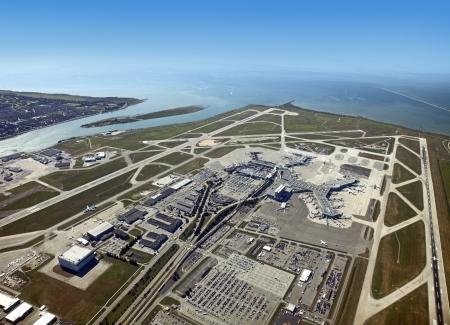 リッチモンド - パノラマ ビューのバンクーバー国際空港