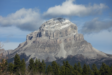 Crowsnest Mountain, Alberta, Canada Stock Photo - 16209641