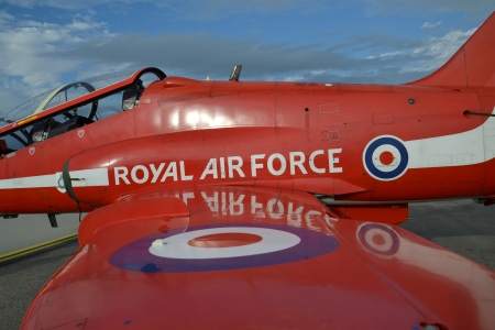 royal air force: Royal Air Force - Red Arrows
