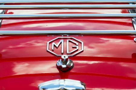 SAALBACH-HINTERGLEMM, AUSTRIA - JUNE 21 2018: Vintage car MG MGA 1600 roadster oldsmobile veteran preparing for Saalbach Classic rally on June 21, 2018 in Saalbach-Hinterglemm, Austria. Redakční