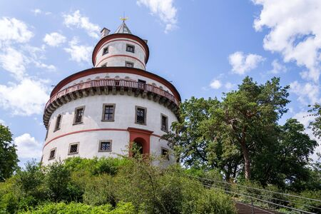 Hunting chateau Humprecht surrounded by a wood park, formerly a game reserve, Sobotka, Czech republic, sunny summer day, clear blue sky background, 版權商用圖片 - 129564460