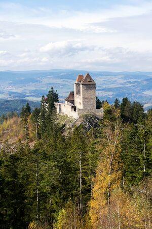 Medieval Kasperk Castle in southwestern Bohemia, Czech Republic, sunny autumn day, Plzen region, Sumava range 版權商用圖片