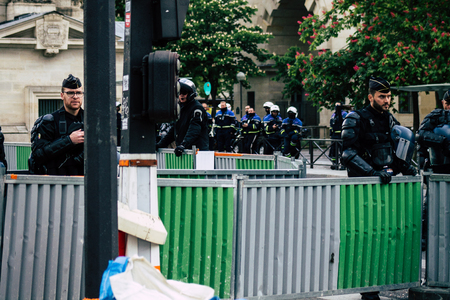 Paris France May 04, 2019 View of a riot squad of the French National Police in intervention during protests of the Yellow Jackets against the policy of President Macron in Paris on saturday afternoon Standard-Bild - 121983016