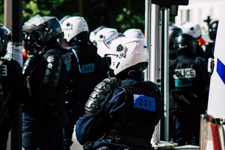 Paris France May 04, 2019 View of a riot squad of the French National Police in intervention during protests of the Yellow Jackets against the policy of President Macron in Paris on saturday afternoon Standard-Bild - 121982981