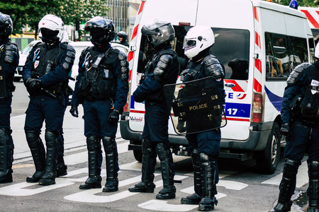 Paris France May 04, 2019 View of a riot squad of the French National Police in intervention during protests of the Yellow Jackets against the policy of President Macron in Paris on saturday afternoon Standard-Bild - 121982990
