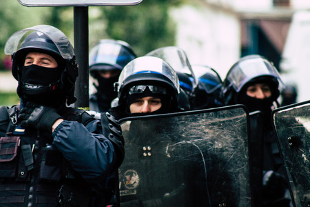 Paris France May 04, 2019 View of a riot squad of the French National Police in intervention during protests of the Yellow Jackets against the policy of President Macron in Paris on saturday afternoon Standard-Bild - 121982948