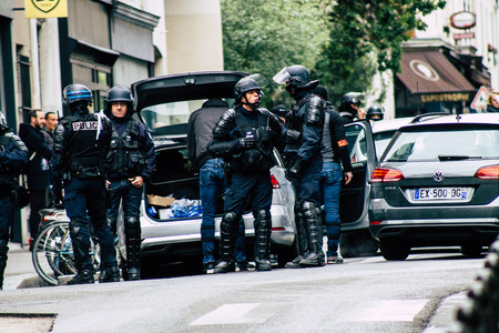 Paris France May 04, 2019 View of a riot squad of the French National Police in intervention during protests of the Yellow Jackets against the policy of President Macron in Paris on saturday afternoon Standard-Bild - 121982916