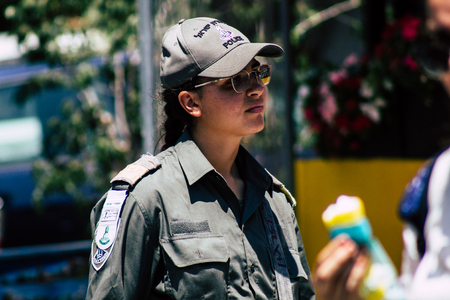 Tel Aviv Israel June 17, 2019 View of unknown Israeli soldier walking in the streets of Tel Aviv in the afternoon Éditoriale