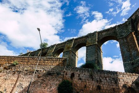 View of an ancient Roman aqueduct near the town of Nepi Archivio Fotografico - 131712402