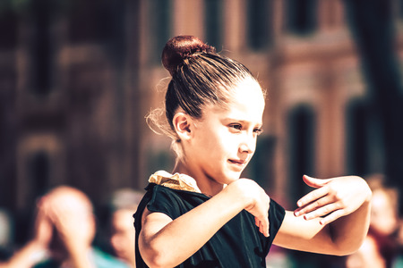 Rome Italy September 29, 2019 Celebrations of the 150th anniversary of the Italian gymnastics federation, public demonstration of young gymnasts in the streets of Rome near the Coliseum Imagens - 133367432