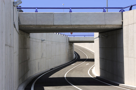 土木工学。橋梁構造物