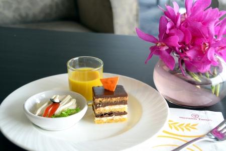 afternoon tea: Afternoon tea dessert cake