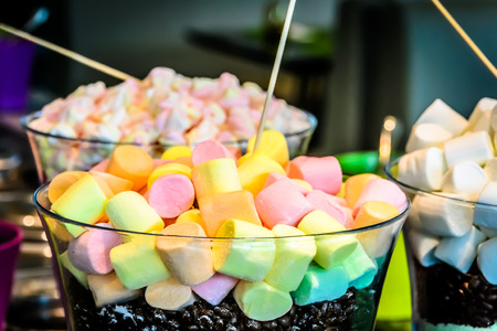 marshmellow: Lollipop and marshmellow